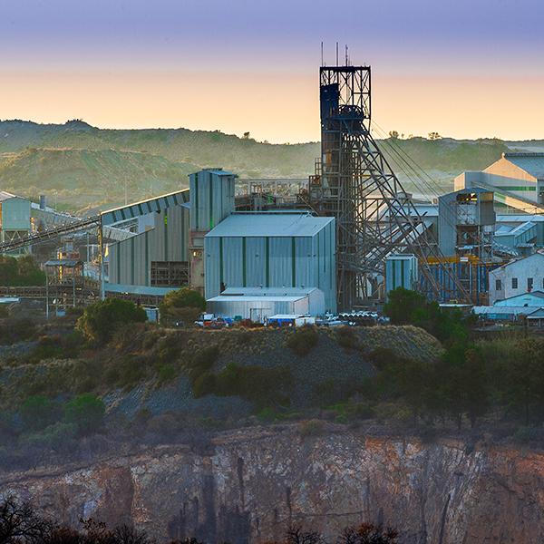 cullinan-diamond-mine-surface-tour-steward-travel-5