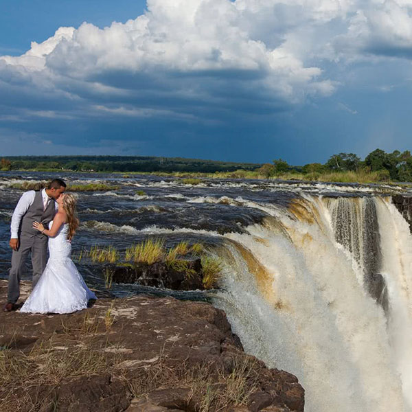 experience-victoria-falls-in-zimbabwe-sa-steward-travel